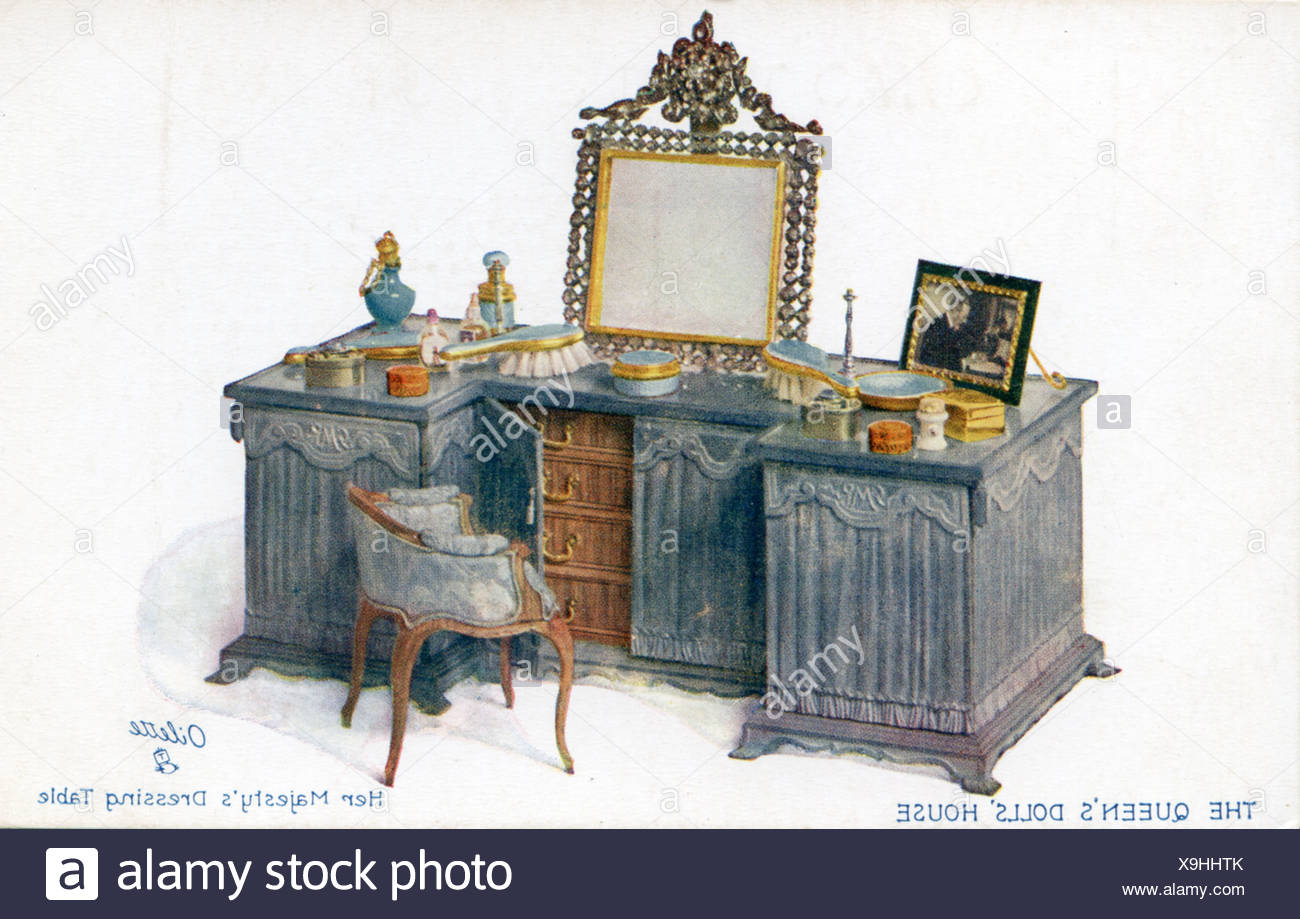 The Queen S Dolls House Her Majesty S Dressing Table Stock Photo