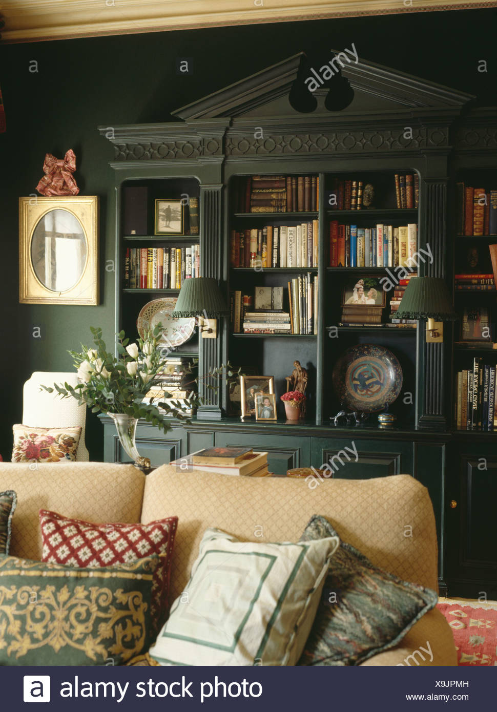 Excellent Fitted Bookshelves With Pediment In Dark Green Living Room Download Free Architecture Designs Jebrpmadebymaigaardcom