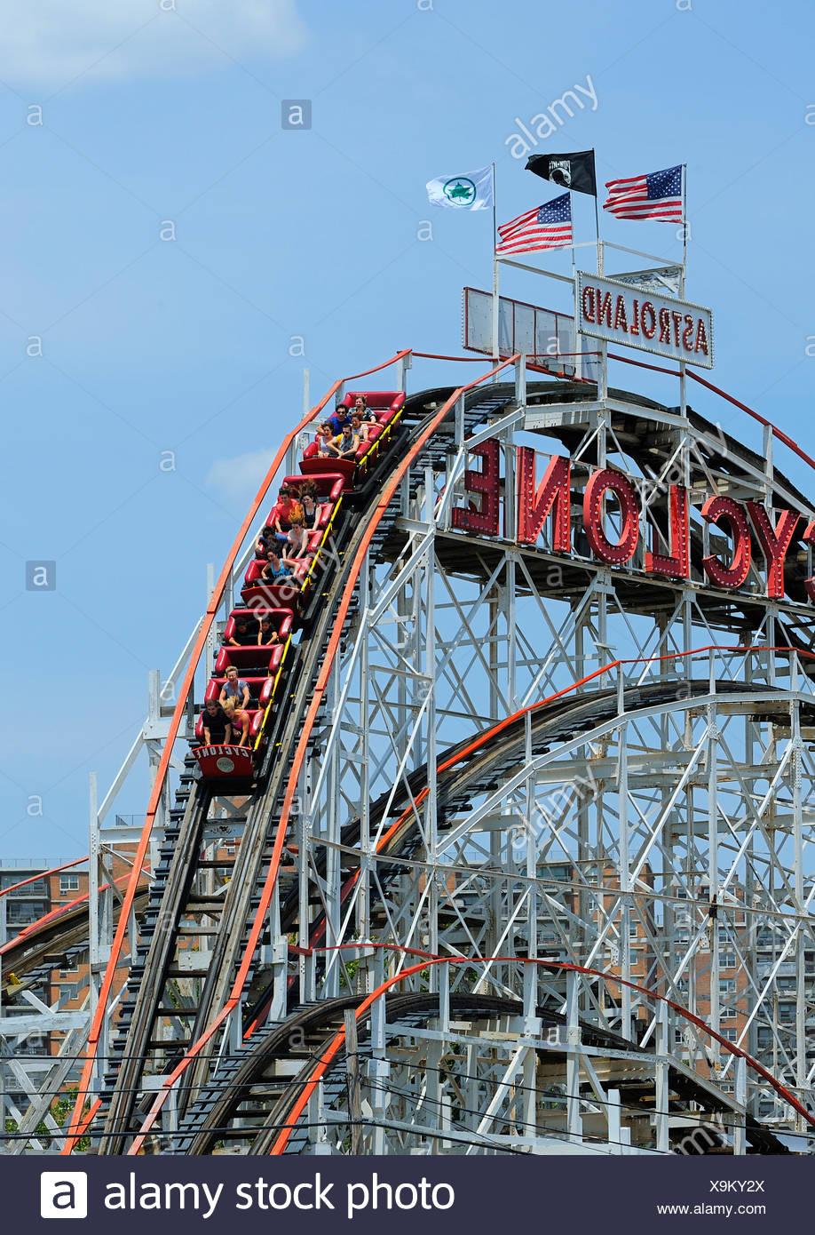 Coney Island Cyclone Rollercoaster Astroland Park Coney Island New York Usa Stock Photo Alamy