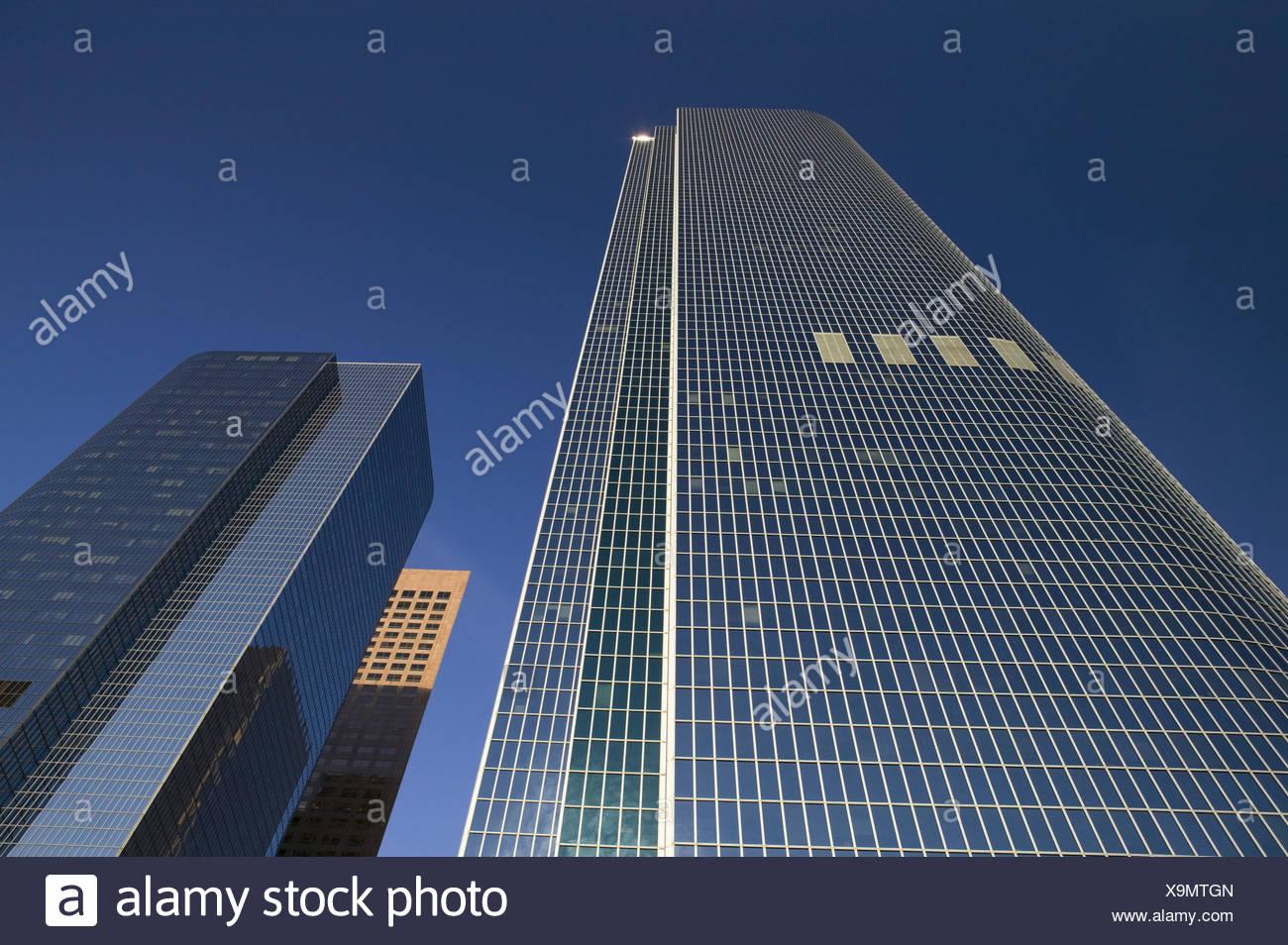 USA, Kalifornien, Los Angeles, Downtown,  California Plaza, Wolkenkratzer, von unten,  Himmel,  Stadt, Großstadt, Weltstadt, Gebäude, Hochhäuser, Bürogebäude, Bürohochhäuser, niemand, - Stock Image