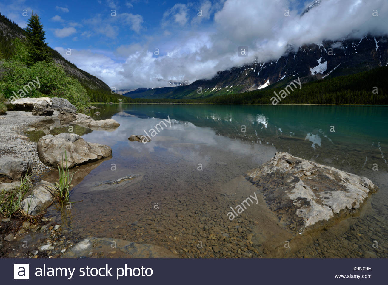 Waterfowl Lake and Mount Chephren, Banff National Park, Canada - Stock Image