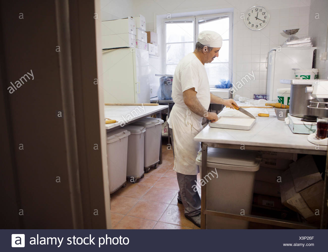 Chef baking baklava - Stock Image