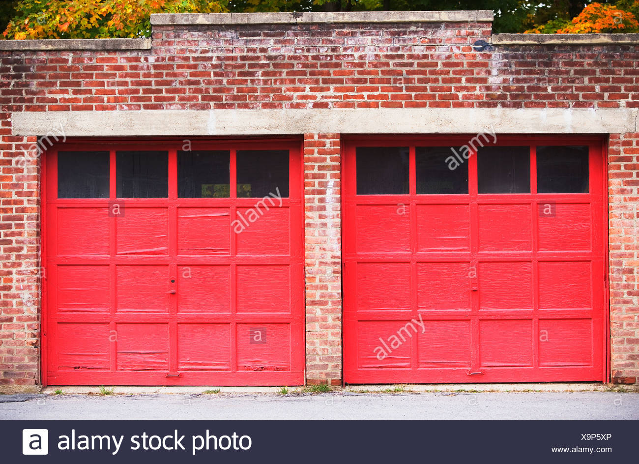 Red Garage Doors Stock Photos Red Garage Doors Stock Images Alamy
