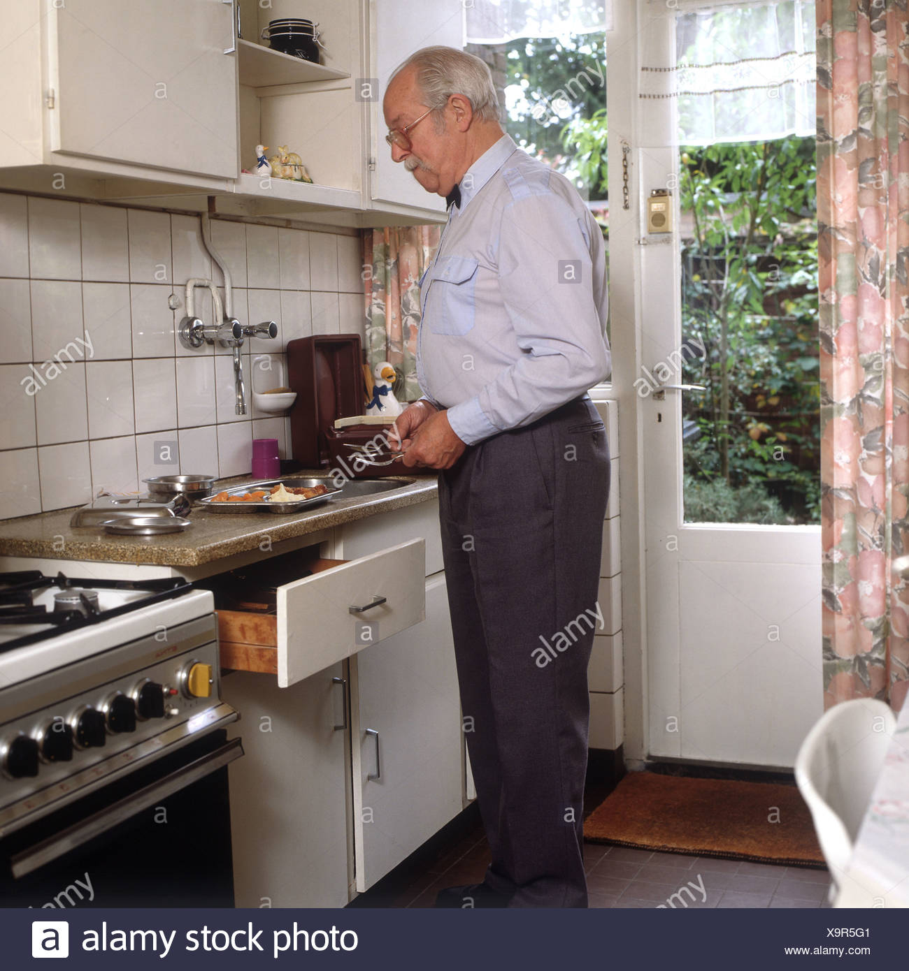 Meals on Wheels programs - Stock Image