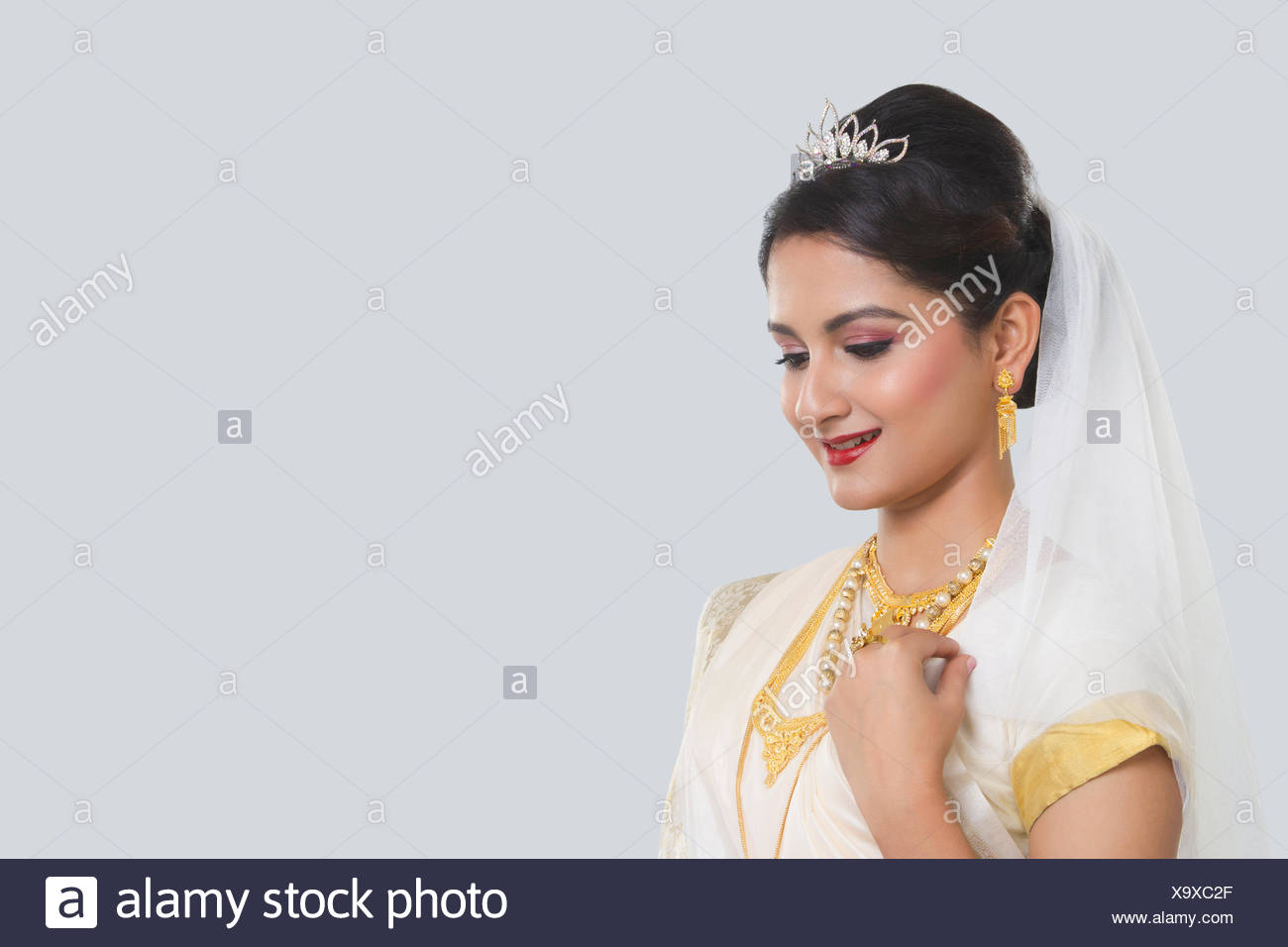 Shy South Indian Bride Stock Photos & Shy South Indian Bride Stock ...