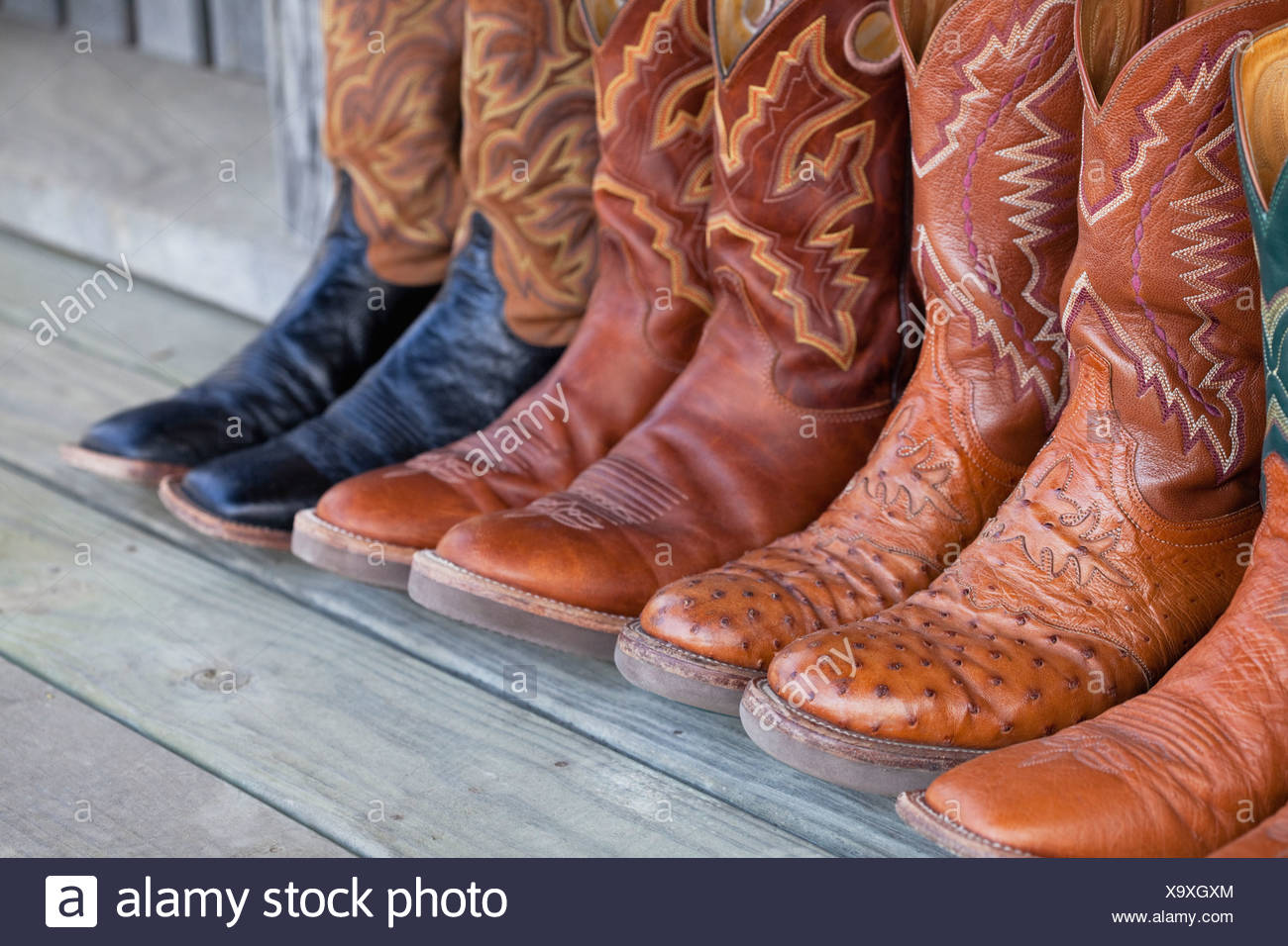 0dc36e5e444 USA, Illinois, Metamora, Row of cowboy boots Stock Photo: 281481836 ...