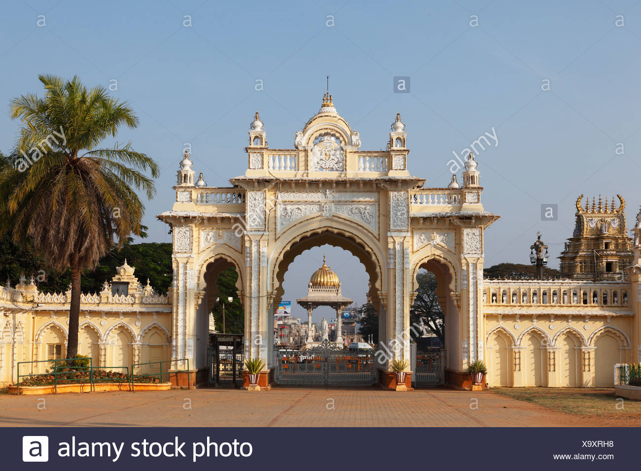 maharaja palace karnataka india stock photos maharaja palace karnataka india stock images alamy. Black Bedroom Furniture Sets. Home Design Ideas