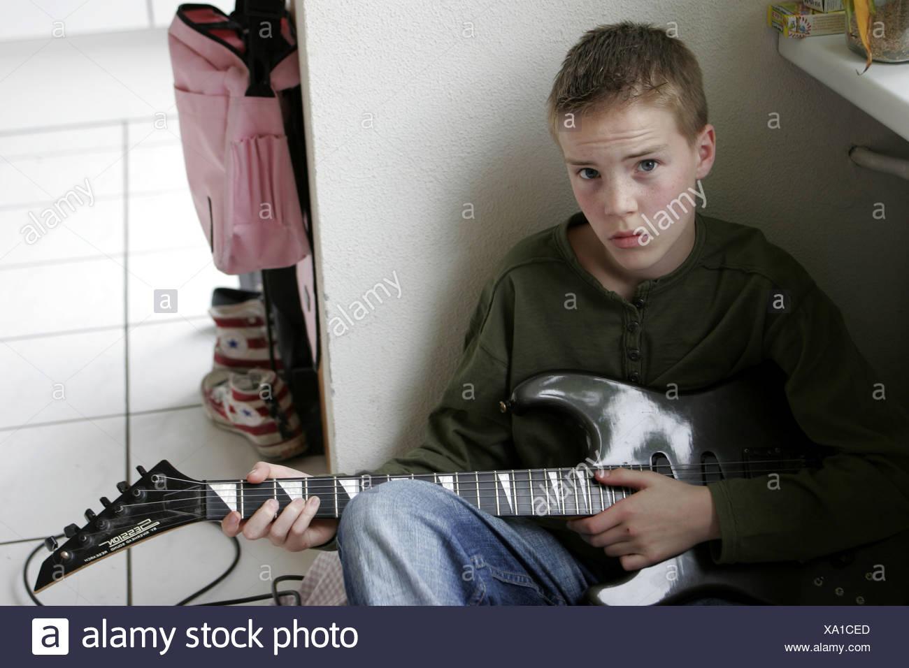 Boy guitar  - SerieCVS217069 - Stock Image
