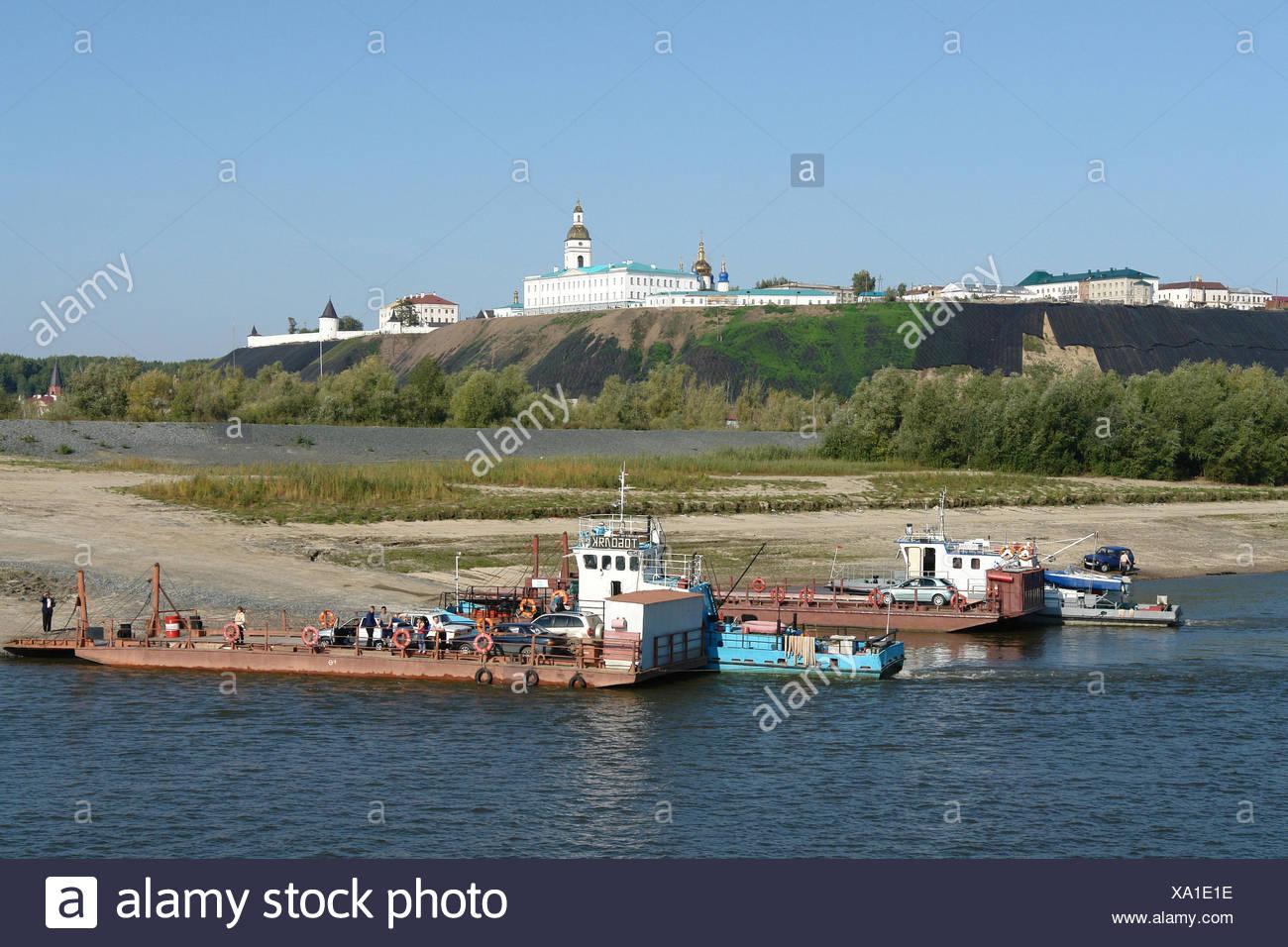 Russia, Tobolsk, flux Irtysch, ferryboats, shores, Kremlin, - Stock Image