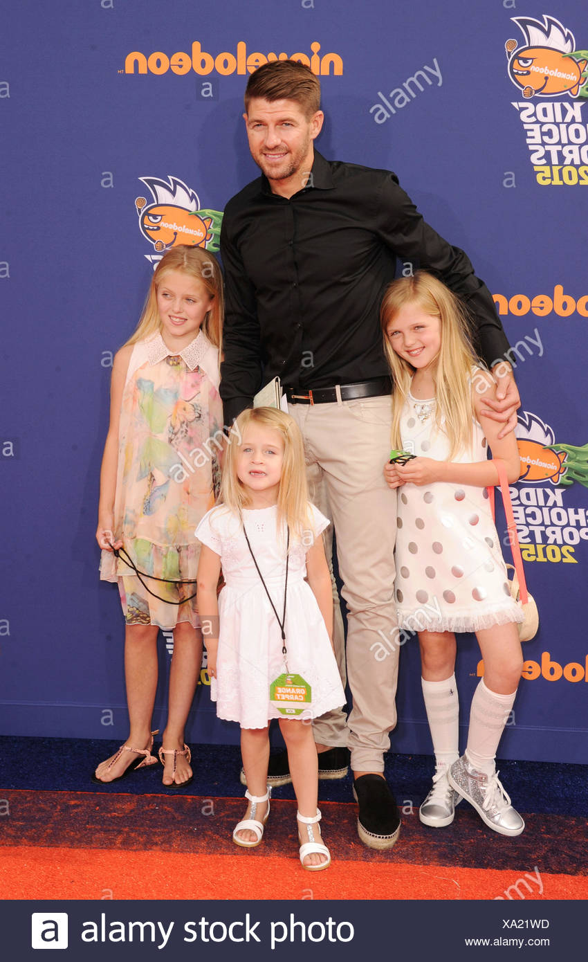 Soccer player Steven Gerrard and daughters Lilly-Ella Gerrard, Lexie Gerrard, Lourdes Gerrard arrive at the Nickelodeon Kids' Choice Sports Awards 2015 at UCLA's Pauley Pavilion on July 16, 2015 in Westwood, California., Additional-Rights-Clearances-NA Stock Photo