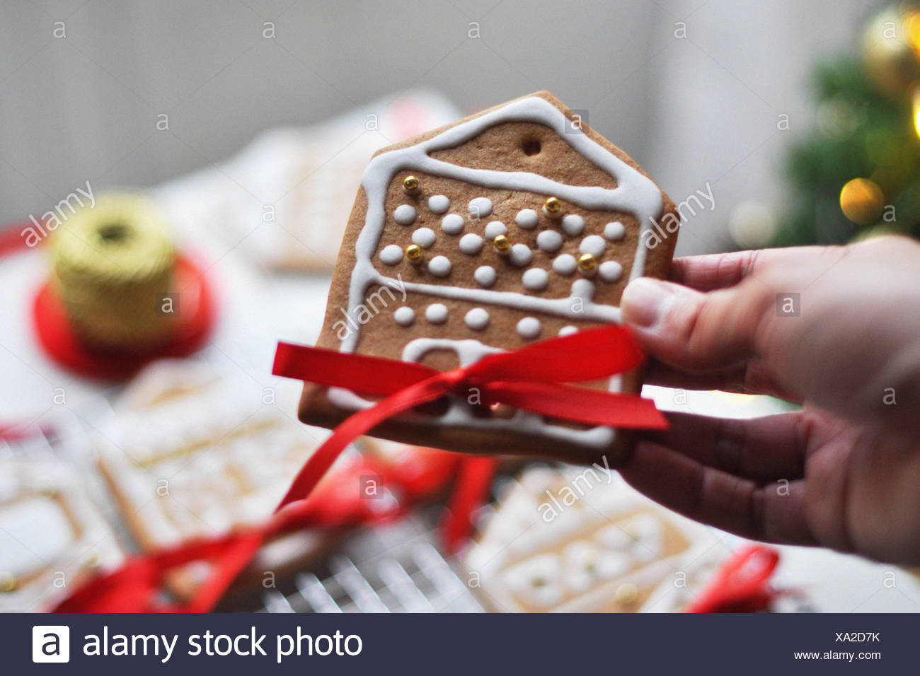 Decorating gingerbread - Stock Image