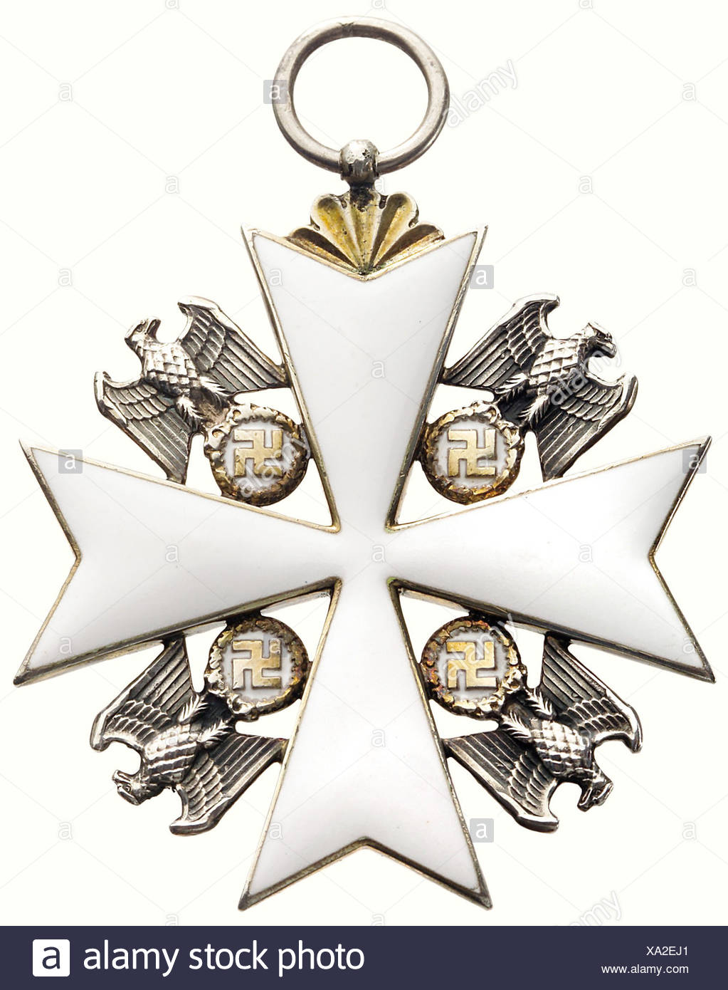 An Order of the German Eagle, a 1st class cross, 1943 - 1945. Silver, gold-plated and enamelled, 50 x 50 mm, weight 26.5 g. In the corners silver eagles with golden oak leaf wreath and swastica, silver ring (OEK 3467). historic, historical, 1930s, 20th century, awards, award, German Reich, Third Reich, Nazi era, National Socialism, object, objects, stills, medal, decoration, medals, decorations, clipping, cut out, cut-out, cut-outs, honor, honour, National Socialist, Nazi, Nazi period, symbol, symbols, emblem, emblems, insignia, Additional-Rights-Clearances-NA Stock Photo