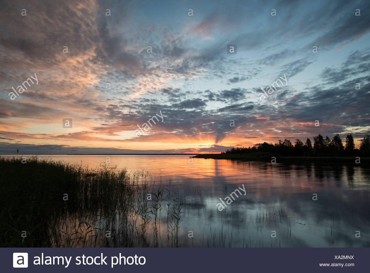 Lidköping Sweden Northern Europe Scandinavia lake sundown sunset southwest Sweden Vänern Vänern lake water Europe European - Stock Image