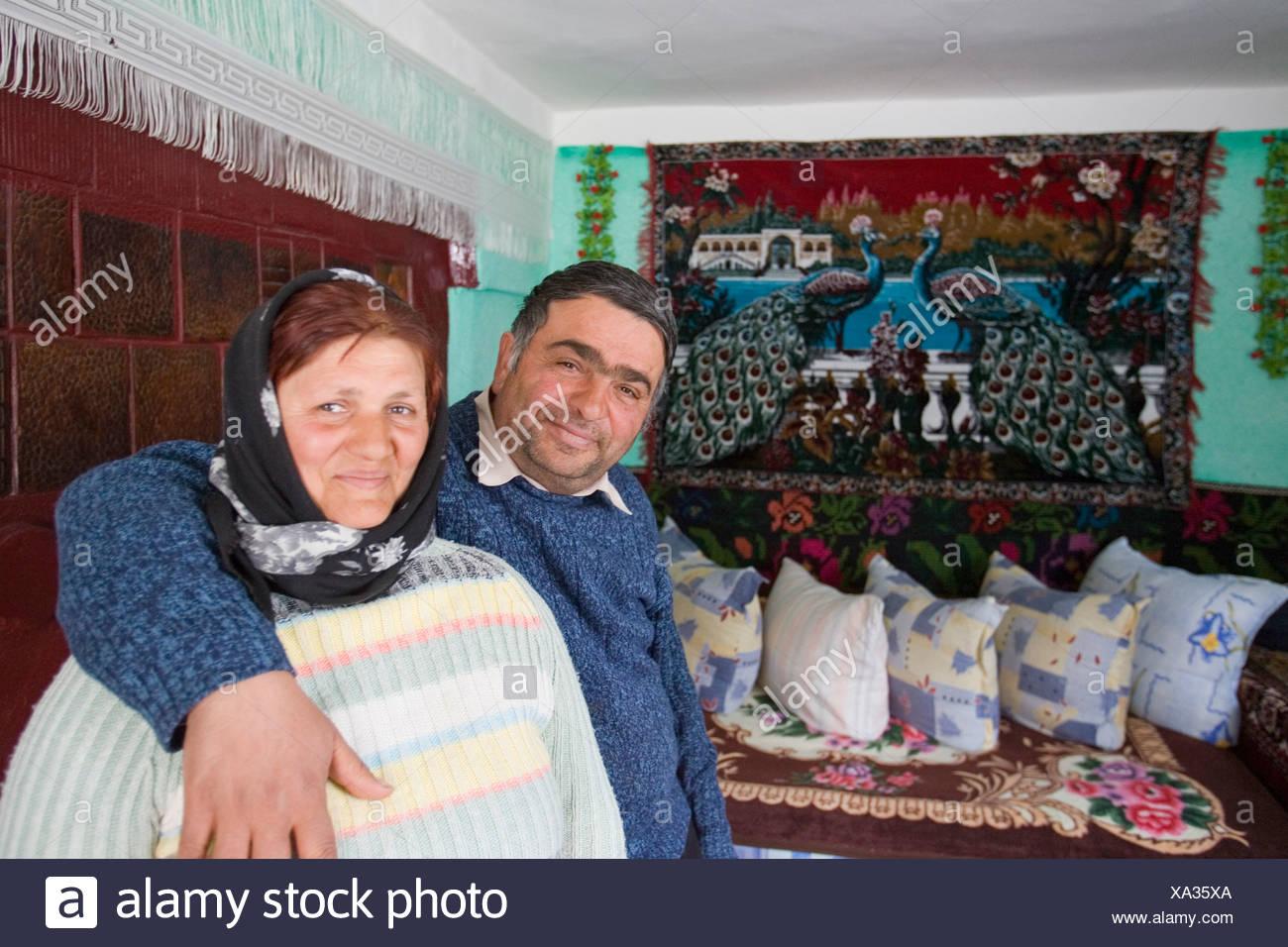 Simple Roma housing, Gulia, Romania - Stock Image