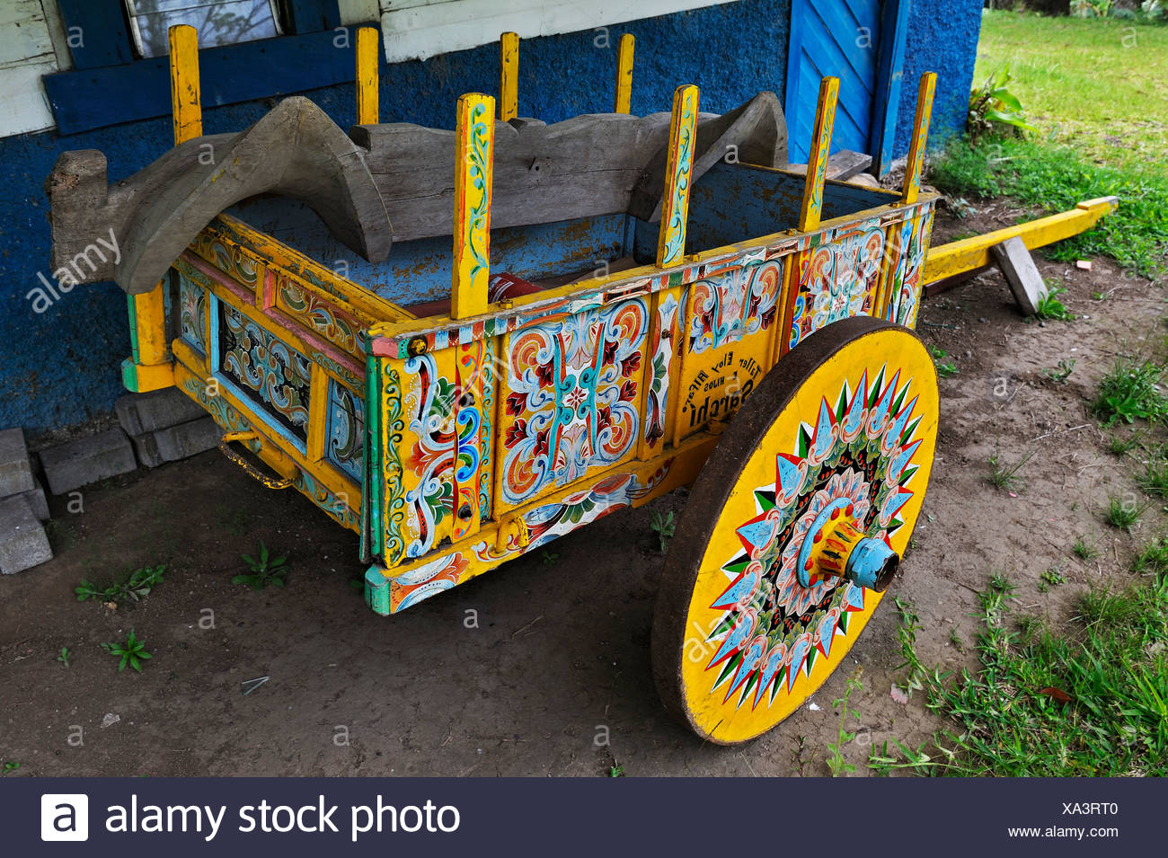 Typical colourful oxcart with yoke, Monteverde, Alajuela province, Costa Rica, Central America - Stock Image