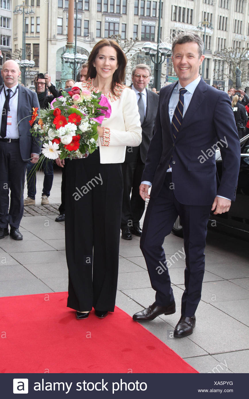 Frederik, crown prince of Denmark, * 26.5.1968, crown princess Mary, Empfang im Rathaus, Hamburg, 19.05.2015, Additional-Rights-Clearances-NA - Stock Image