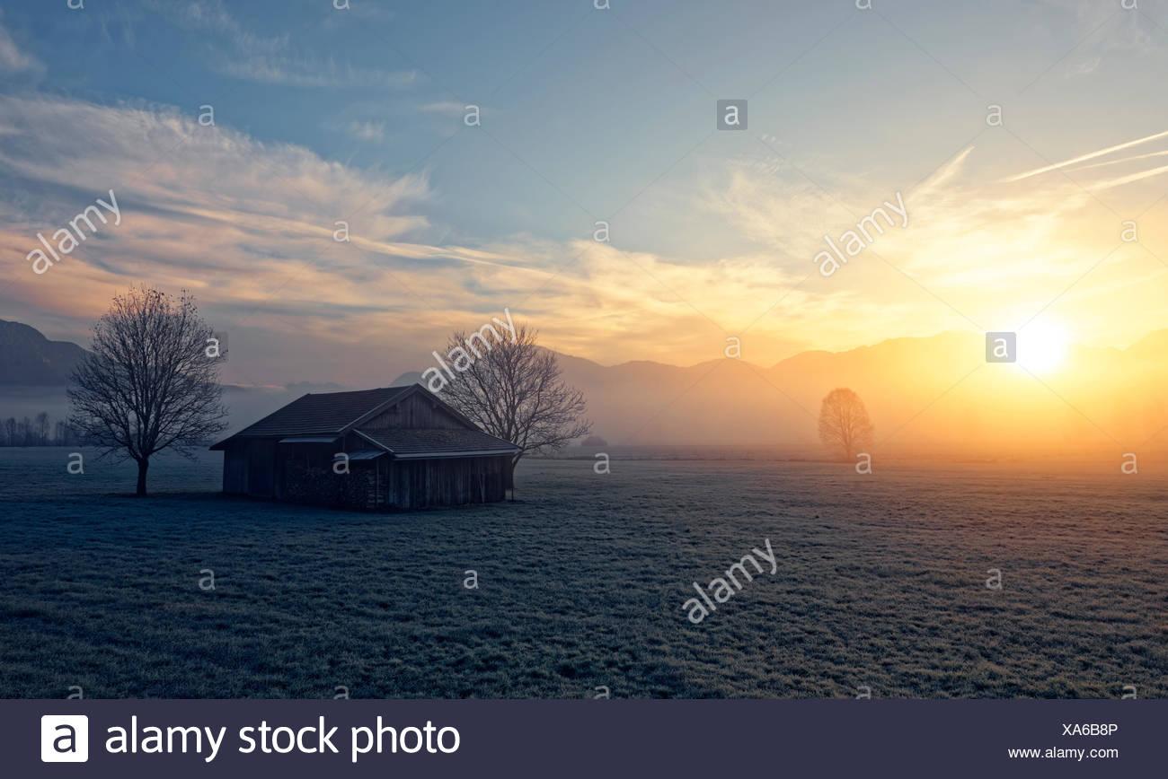 Sonnenaufgang bei Sindelsdorf, Blaues Land, Oberbayern, Bayern, Deutschland, Stock Photo