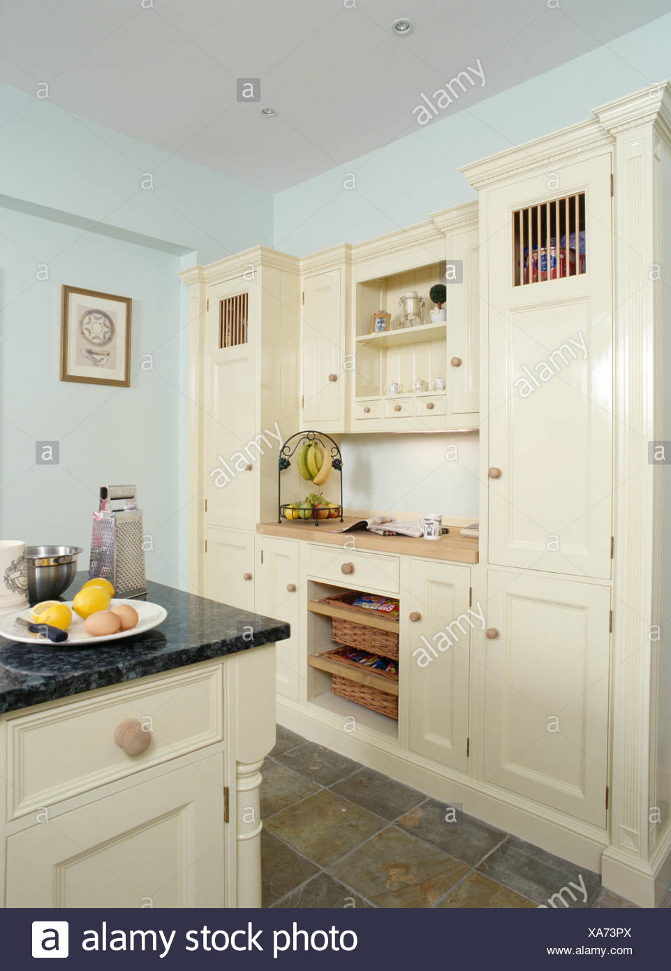 Blue Fitted Cupboards In Kitchen Stock Photos & Blue Fitted ...