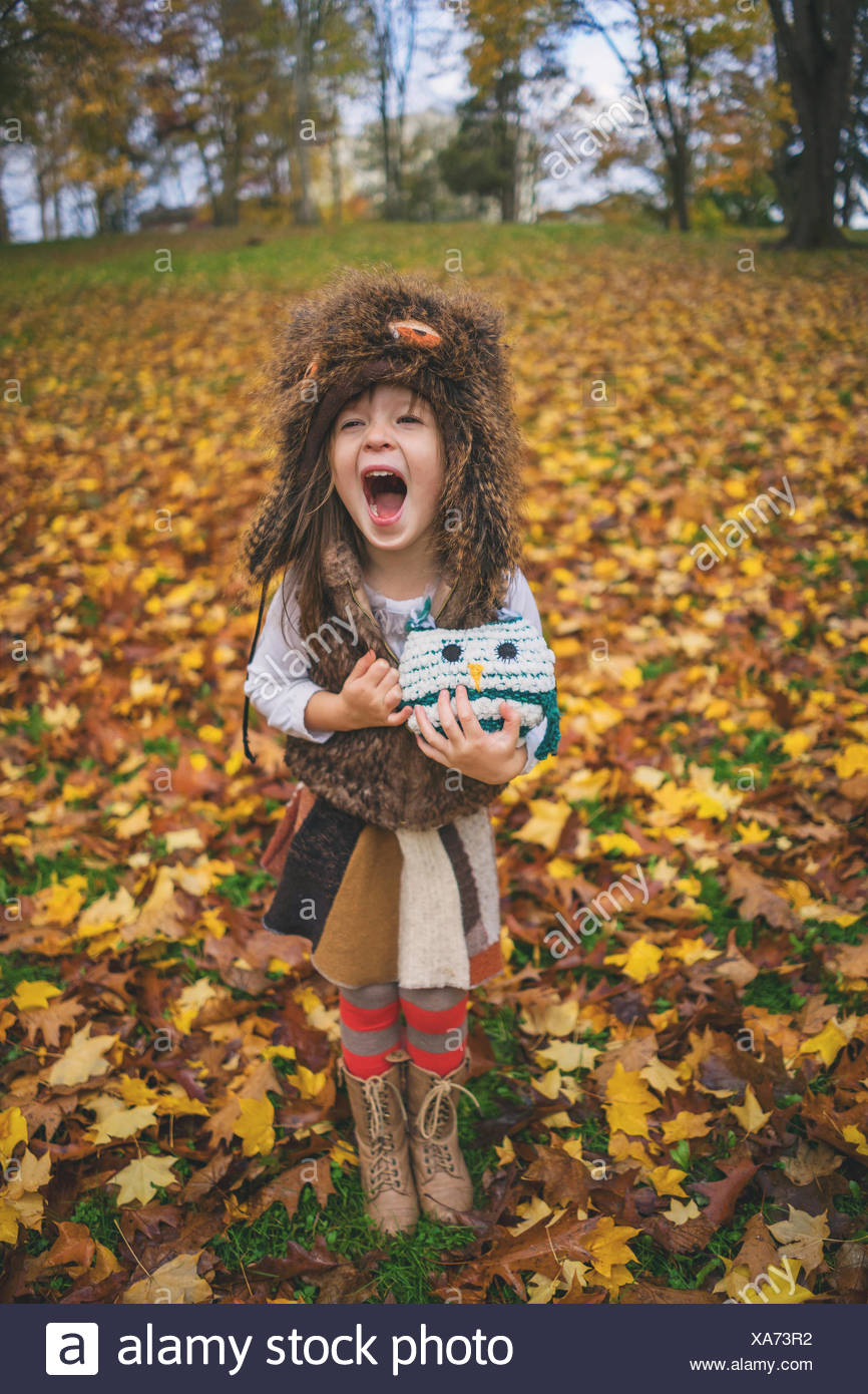 Young girl dressed as owl with owl toy shouting - Stock Image  sc 1 st  Alamy & Owl Costume Stock Photos u0026 Owl Costume Stock Images - Alamy