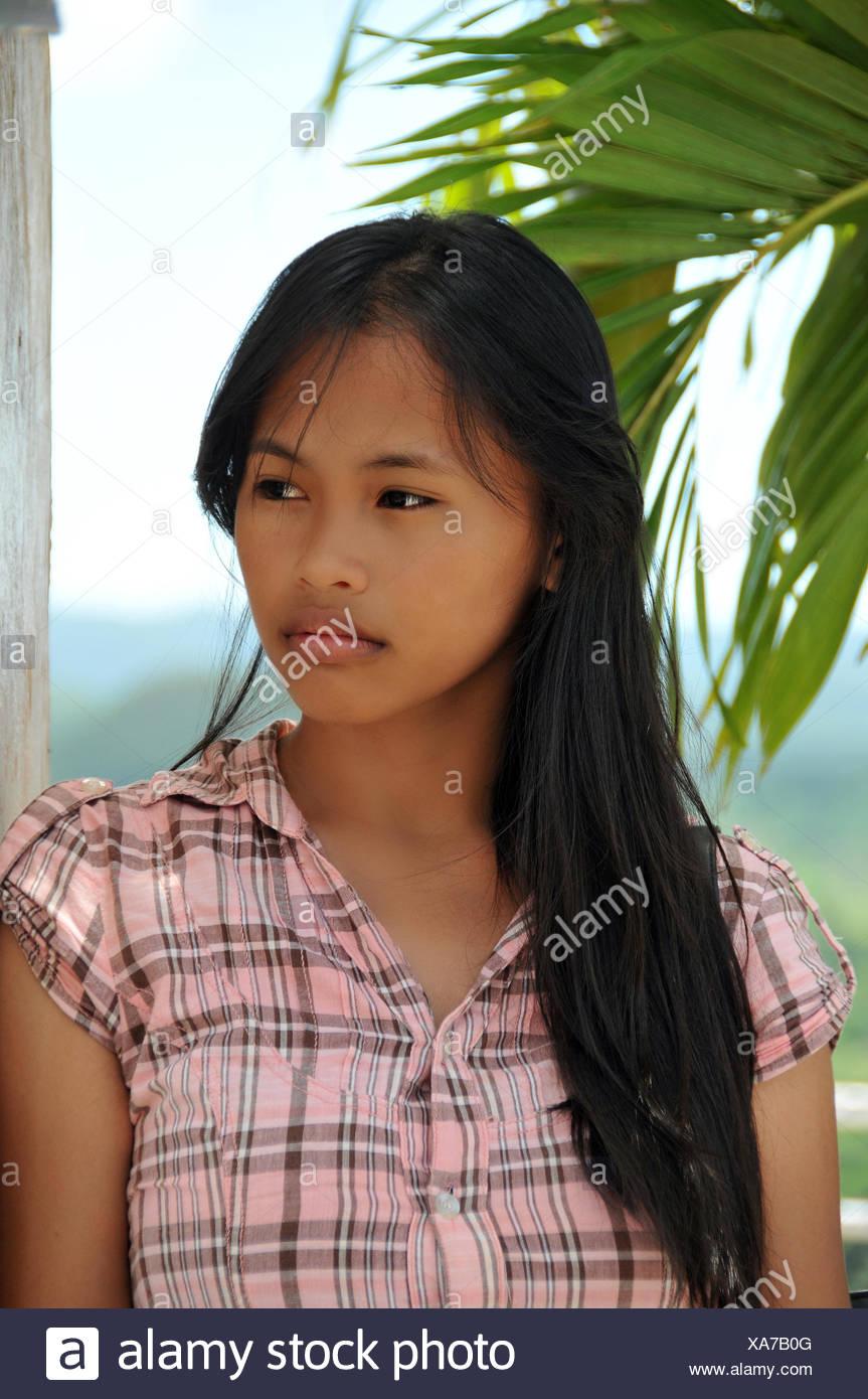 Very young filipina girls