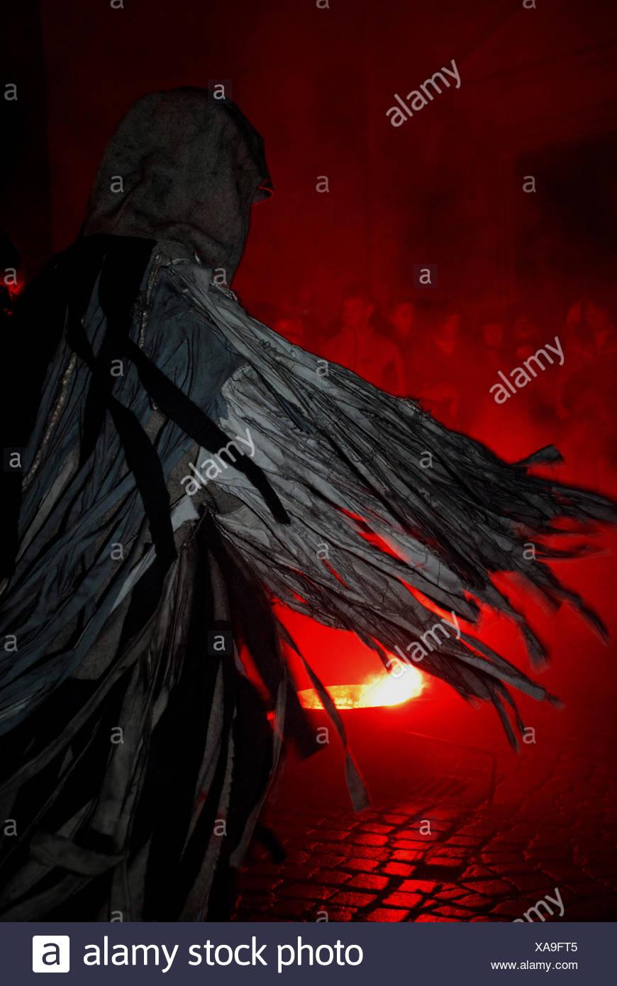 witchcraft conjuror night nighttime dark witchcraft conjuror feuertanz - Stock Image