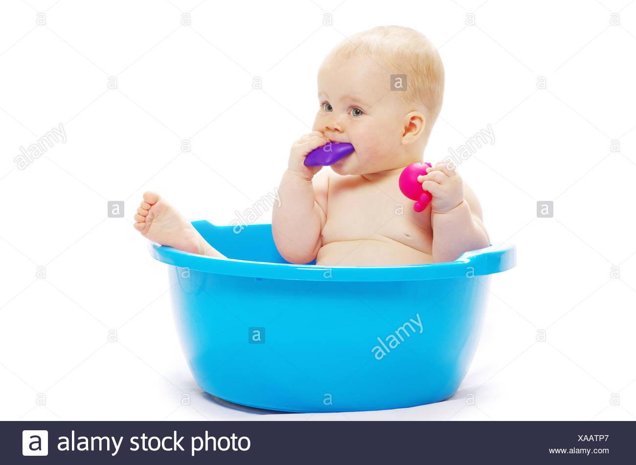 Attractive Baby In A Tub Crest - Bathtub Ideas - dilata.info