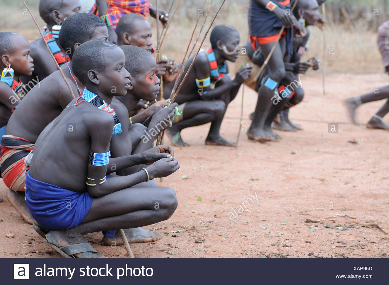 Young warriors from the Hamar tribe during their initiation rite, bull-leaping ceremony, southern Omo Valley, Ethiopia, Africa - Stock Image