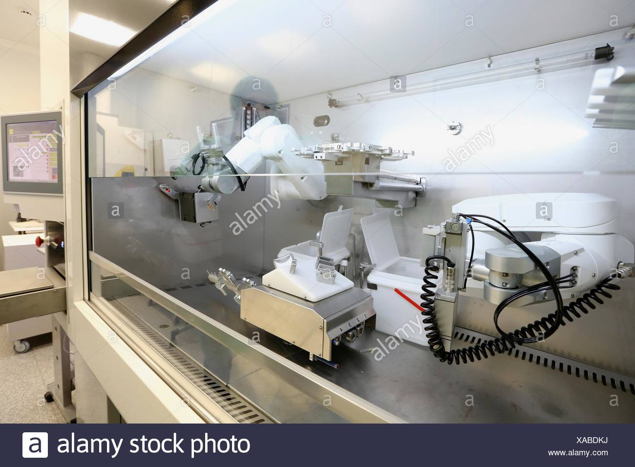 automate Basque Country cancer case center chemotherapy clean cleaning color image compounding cytostatic cytotoxicity - Stock Image