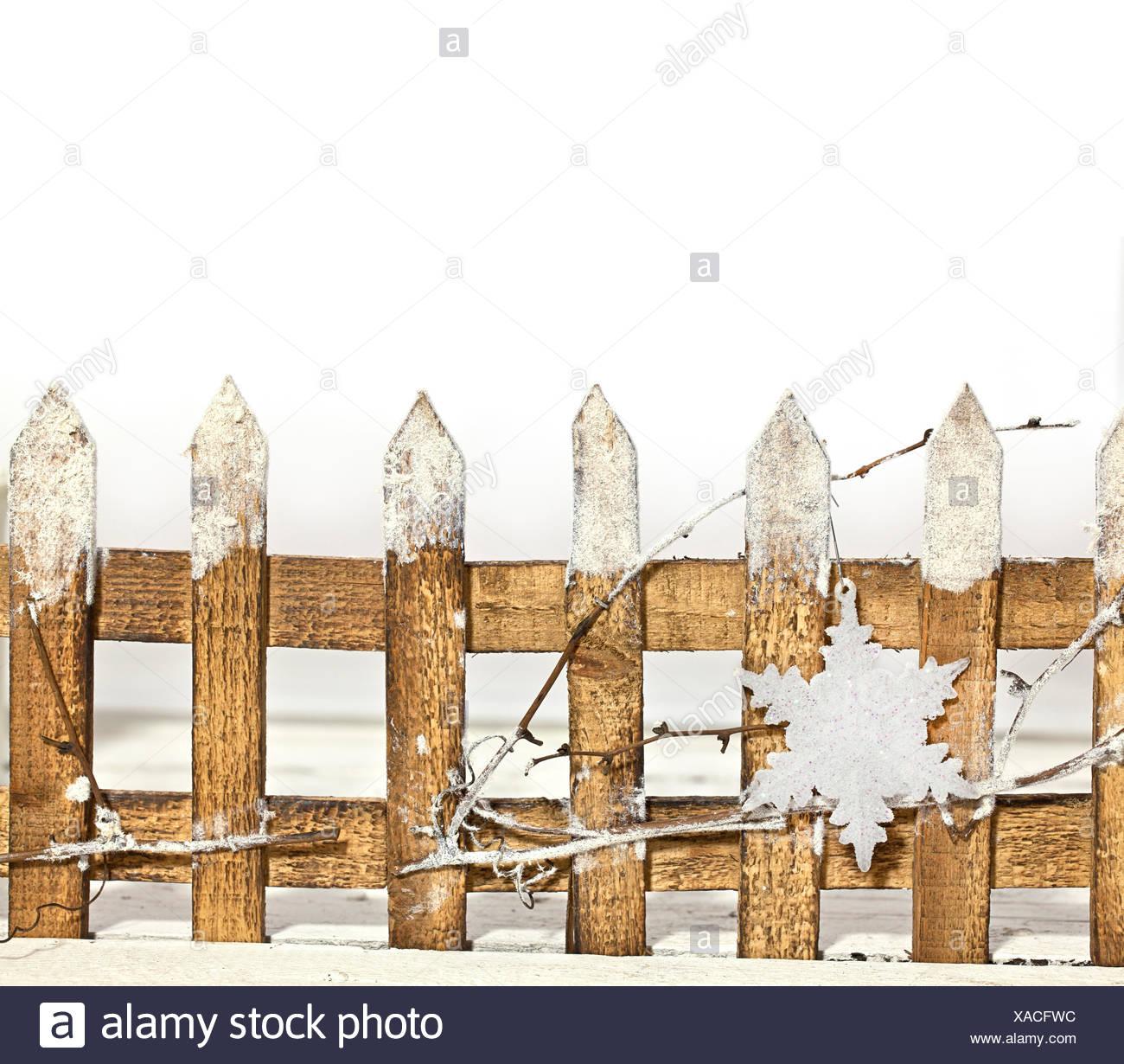 Deko fence with star - Stock Image
