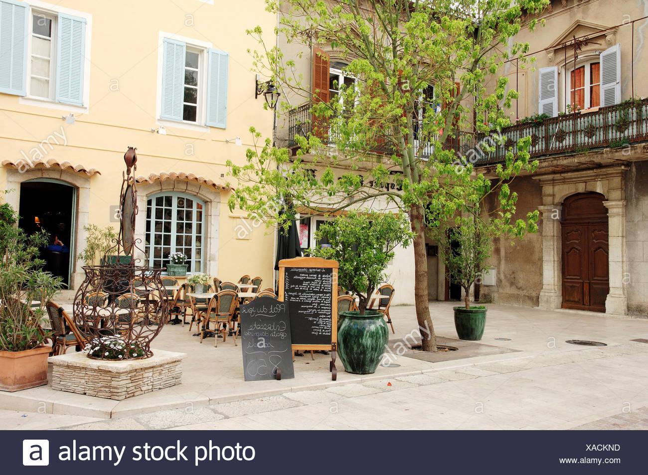 Restaurant, La Colle sur Loup, Alpes-Maritimes, Provence-Alpes-Cote d'Azur, Southern France, France, Europe, France, Europe - Stock Image