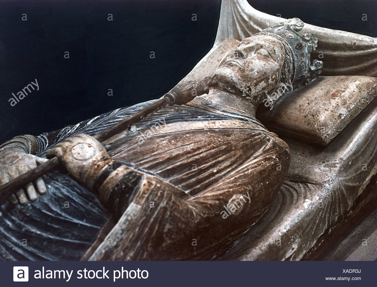 Henry II, 5.3.1133 - 6.7.1189, King of England 1154 - 1189, half length, tomb, Fontevrault, Additional-Rights-Clearances-NA - Stock Image