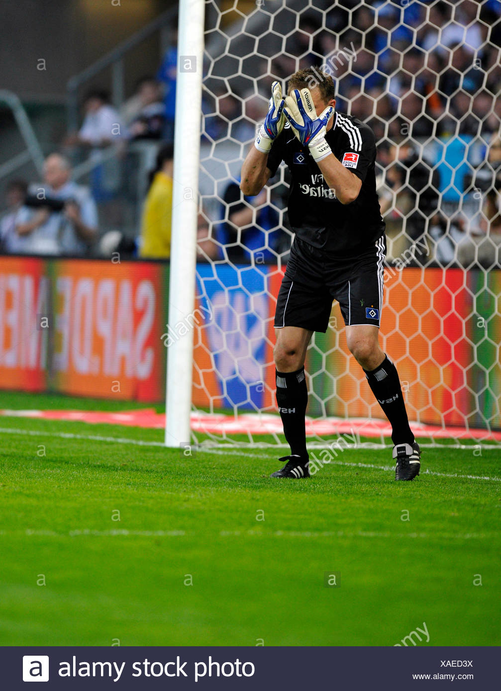 Goalkeeper Frank Rost, HSV Hamburg, stunned, horrified, hands over face - Stock Image