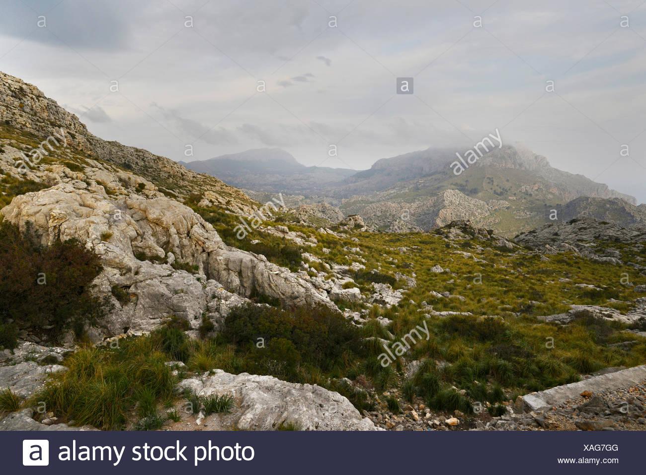 mountains of the Serra de Tramuntana in mist, Spain, Balearen, Majorca Stock Photo