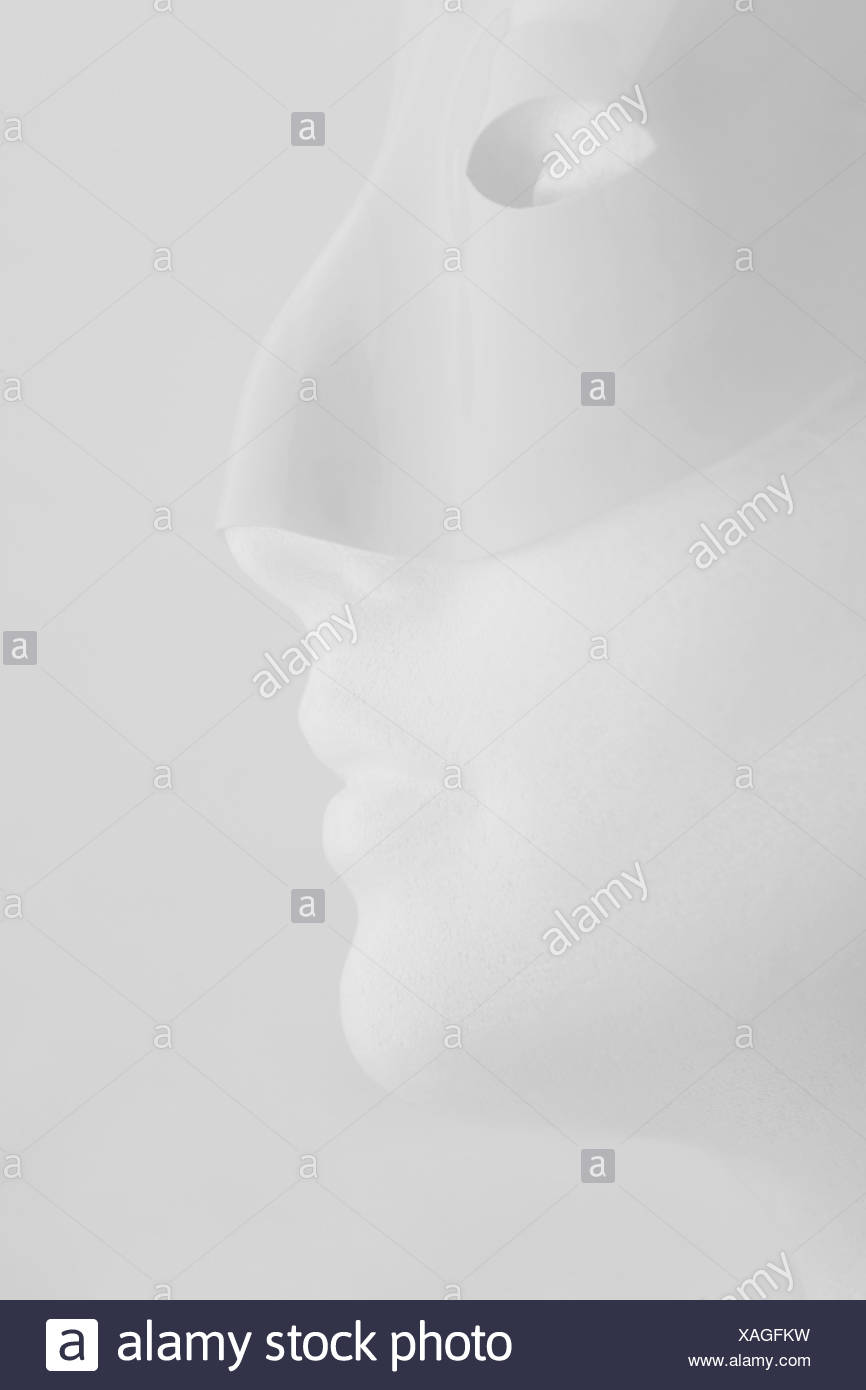 Profile view of mannequin with mask - Stock Image