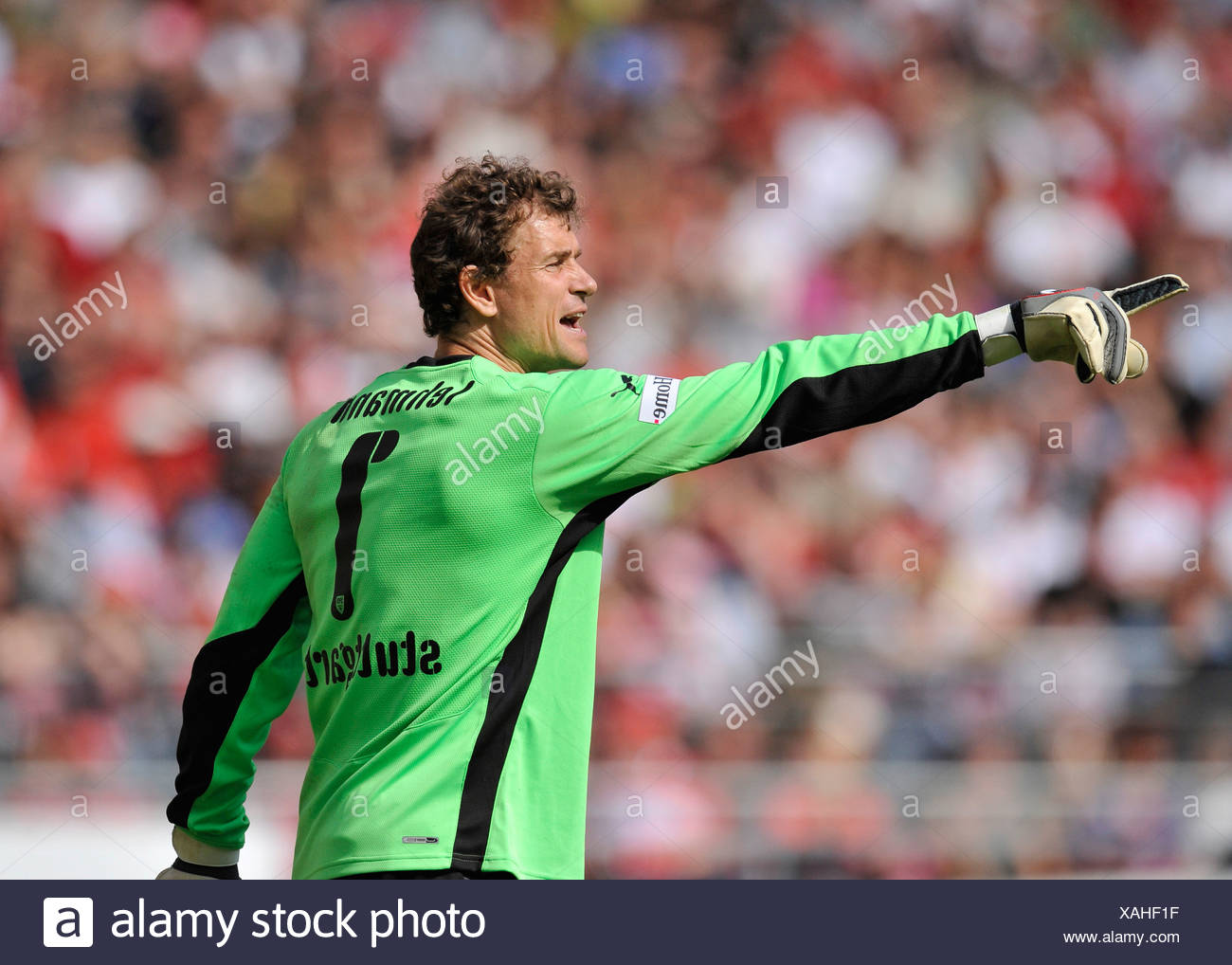 Goalkeeper Jens Lehmann, VfB Stuttgart, conducting defensive - Stock Image