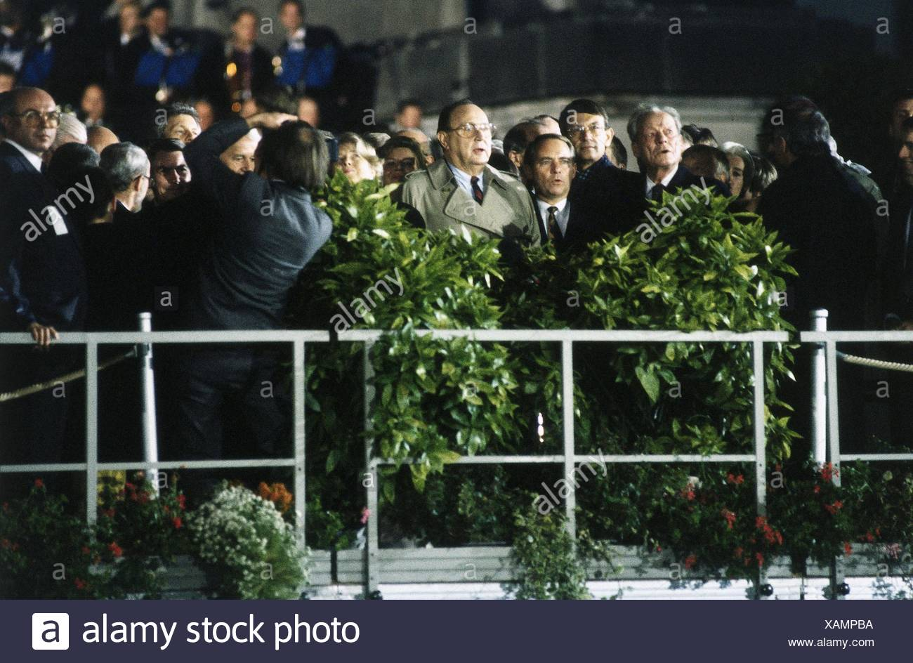 geography / travel, Germany, German reunification, politicians on stage, during ceremony of the 'German Unity', outside of Reichstag, Berlin, 2.10.1990, Additional-Rights-Clearences-NA - Stock Image