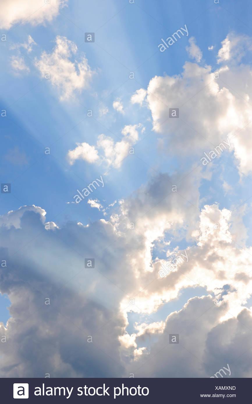 cloudscape,sky only,sunbeams, sun beams - Stock Image