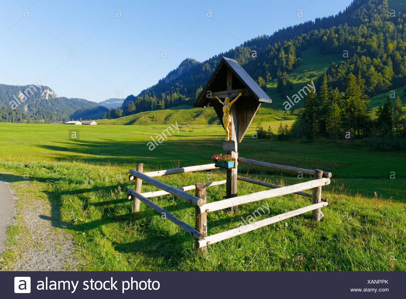 Wayside cross, Vorsäß Schönenbach, Bezau, Bregenzerwald, Bregenzer Wald, Vorarlberg, Austria - Stock Image
