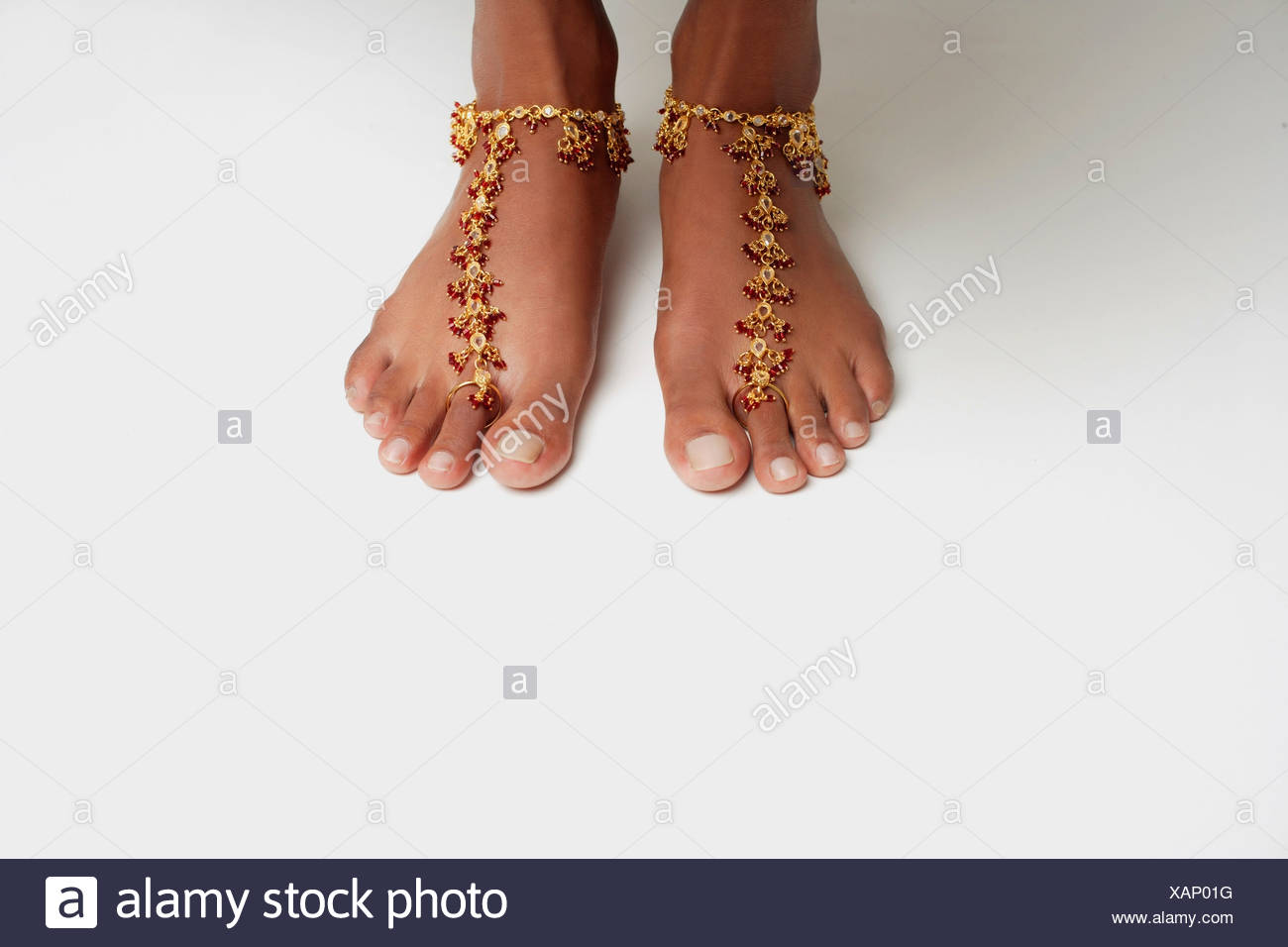 hodka alamy semi in a images anklet meghawal girl female on arid ankle photos traditional bracelet photo region stock young
