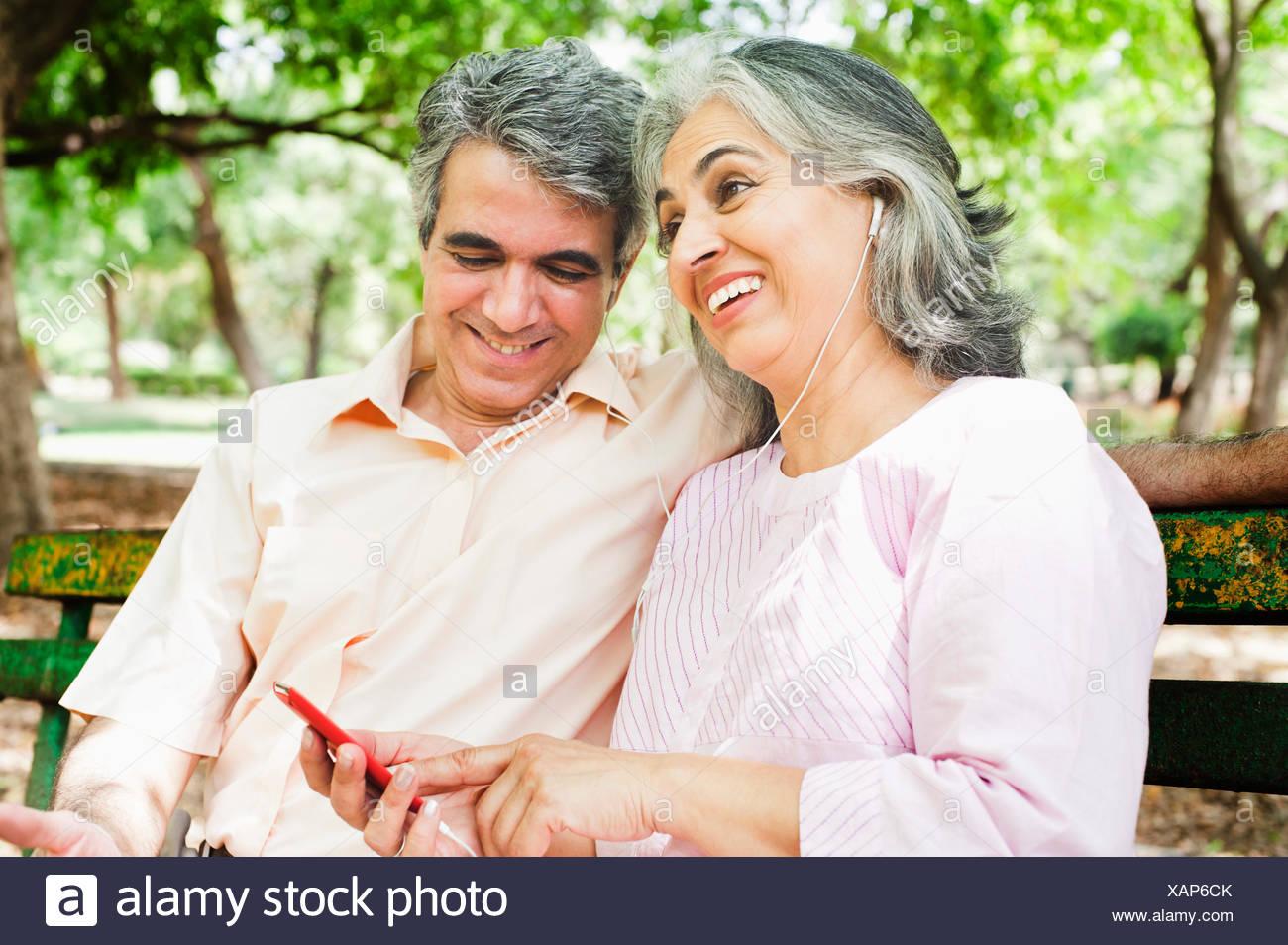 Intia ja Musiq dating