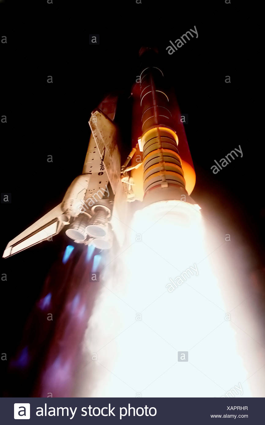 Space Shuttle Atlantis Launching on STS-101 Stock Photo