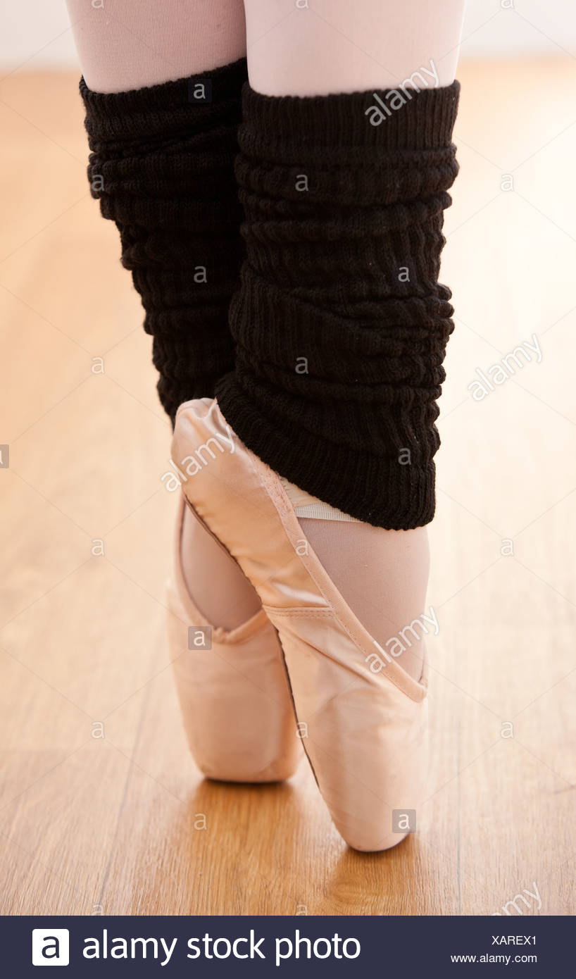 Close-up of a gifted ballerina on tiptoe - Stock Image