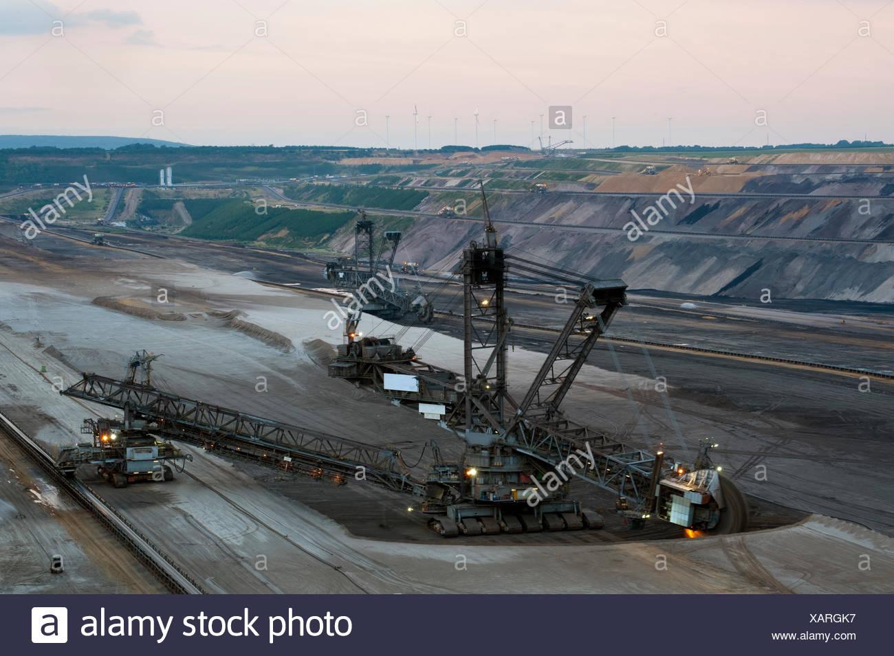 opencast,garzweiler,bucket excavator,pit mine - Stock Image