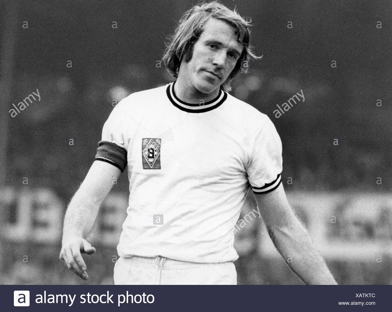 Netzer, Günter, * 14.9.1944, German athlete, (football), manager of Hamburger SV, Media businessman and TV commentator, half length, Bundesliga match, Borussia Mönchengladbach versus Rot-Weiss Essen, 29.8.1971, Additional-Rights-Clearances-NA - Stock Image
