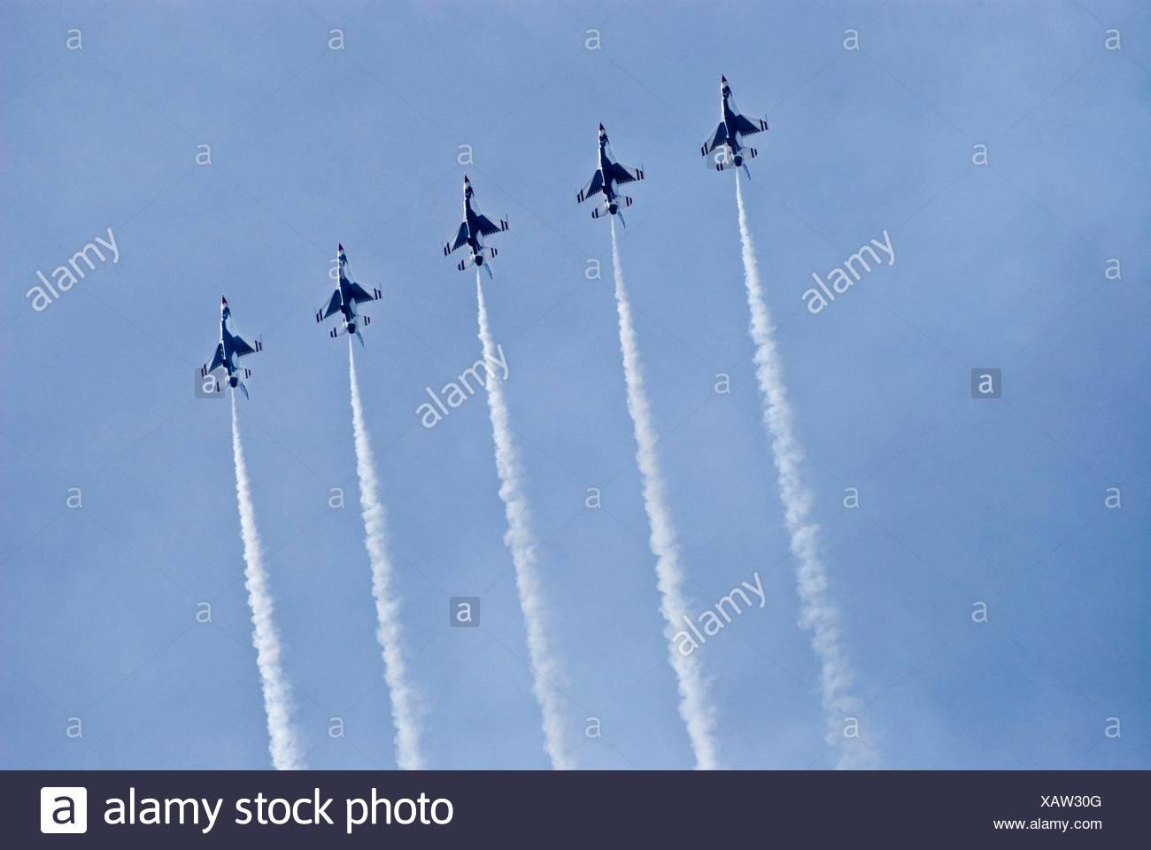 United States Air Force Thunderbirds Flight Team - Stock Image