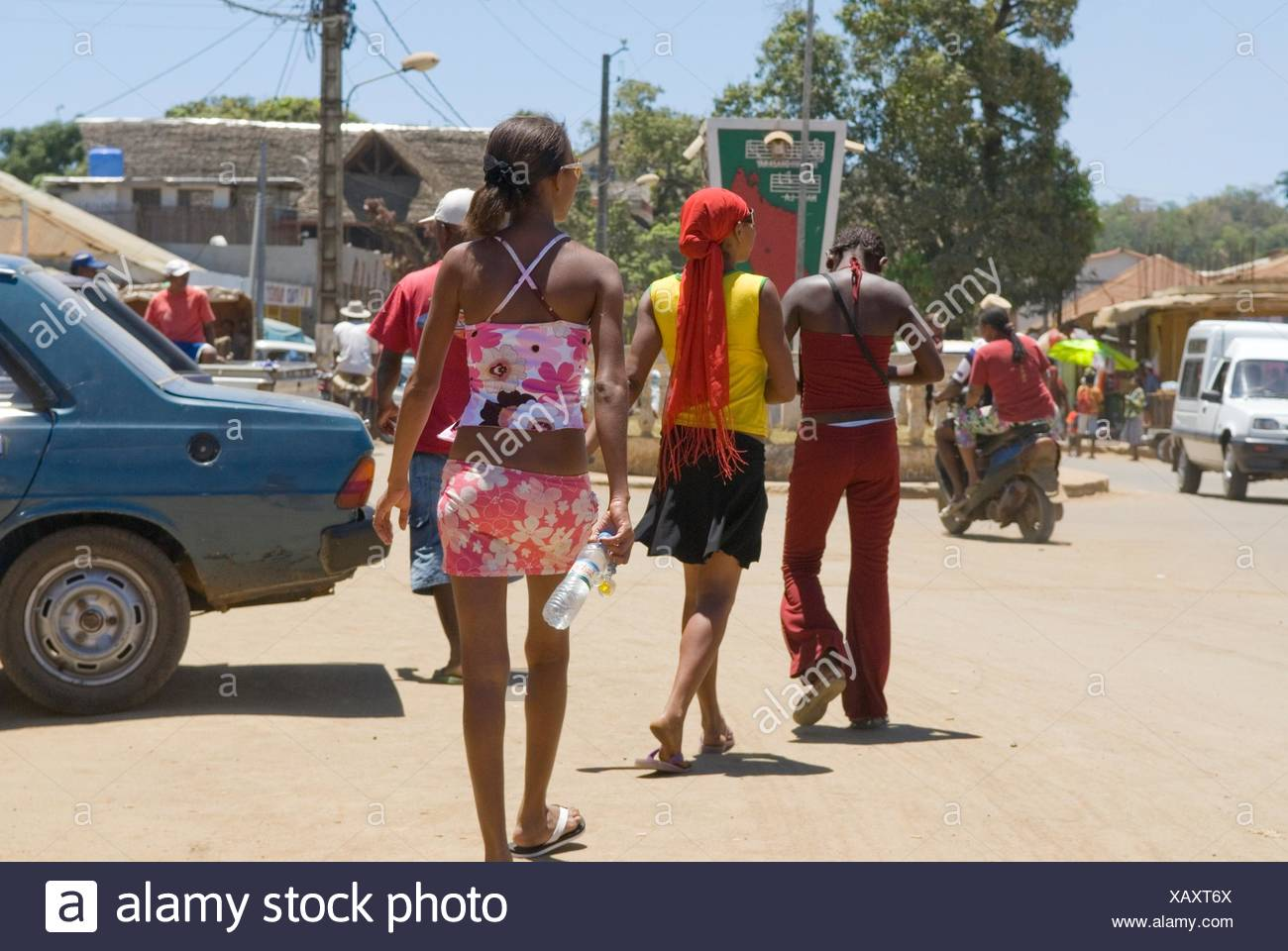 young girls in Hell-Ville Andoany, Nosy Be island, Republic of Madagascar, Indian Ocean - Stock Image
