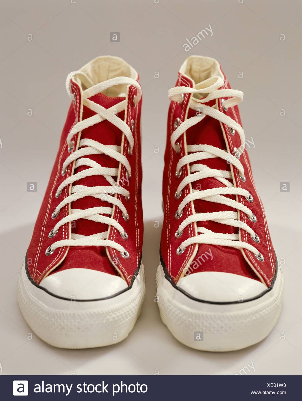 71eae8793692 Sneakers red footwear shoes athletically sneakers gym shoes linen-shoes  trendy studio Converse allstar sneakers