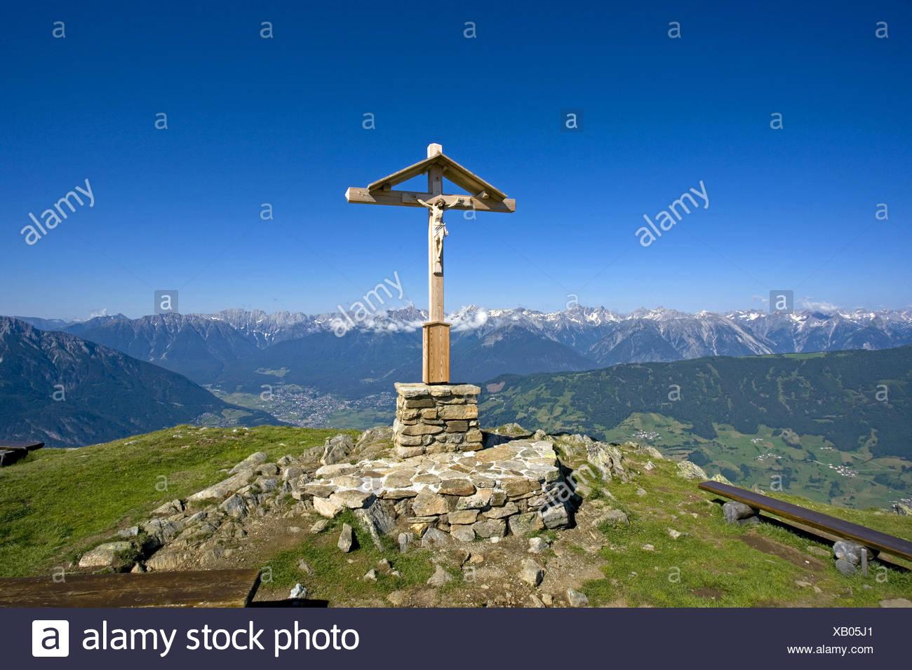 Bildausschnitt, Christus, Detail, Details, Gipfel, Gipfelkreuz, Gipfelkreuze, Glaube, Holz, Jesus, Kreuz, Kreuze, Kruzifix, Naha - Stock Image