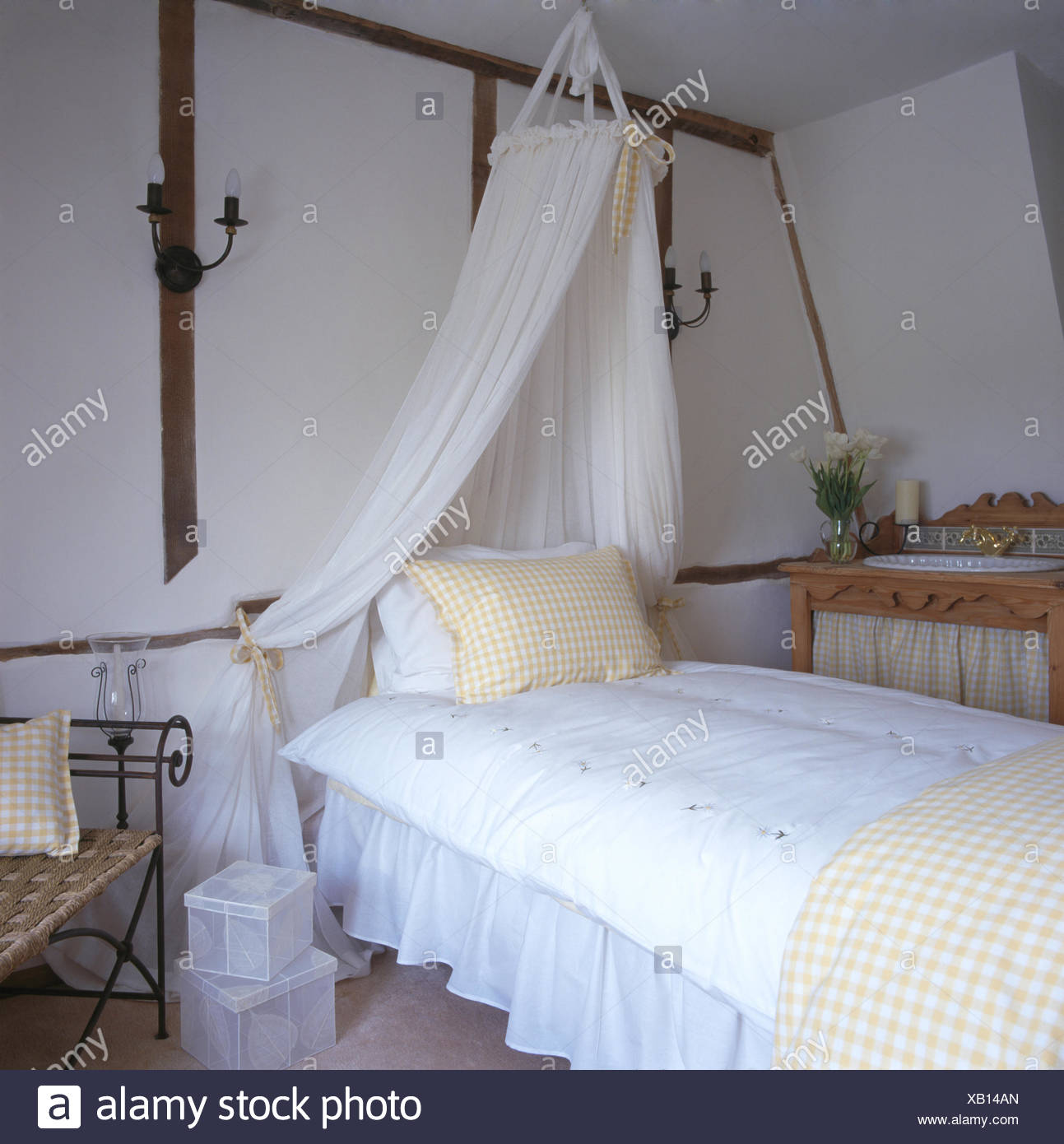Spencer Hastings Bedroom Wallpaper Bedroom Upholstered Headboard Little Boy Bedroom Sets Bedroom Decor Neutral: Interiors Bedroom Curtains Nineties Stock Photos