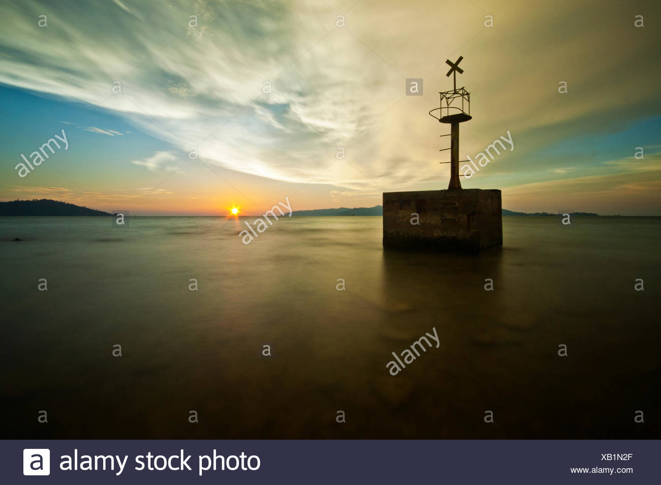 Malaysia, Sabah, Kota Kinabalu, Sunset over sea - Stock Image